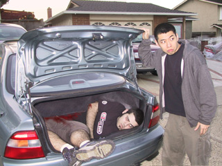 Eric Conveys: Finding dead body in trunk